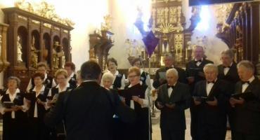 Koncert pieśni pasyjnych w wykonaiu Chóru Seniora Zorza