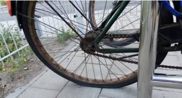 Przy torach grasują rowerowi wandale