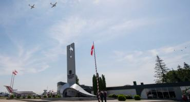 Święto Lotnictwa Polskiego. Uroczystości odbyły się w Dęblinie