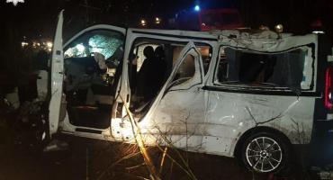 Groźny wypadek na DW 801. Pięć osób w szpitalu