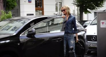 Magda Mielcarz lansuje się Lexusem wartym 230 tysięcy złotych. ZOBACZ