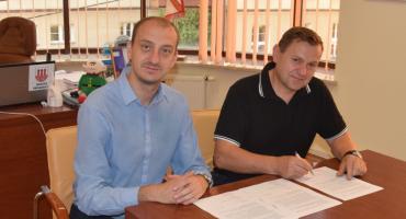 Pierwsze umowy na kompostowniki podpisane