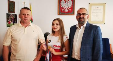 Weronika Kiersikowska odwiedziła Starostę Przasnyskiego Krzysztofa Bieńkowskiego.