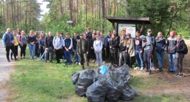 Nadleśnictwo podsumowało akcję sprzątaMy las