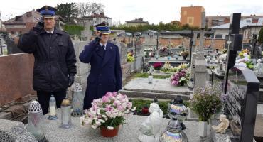 KP PSP: Pamięć o kolegach, którzy odeszli..., ale pozostali w naszej pamięci.