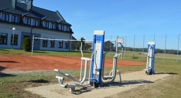 Aktywne Węsiory - przy szkole pojawiły się urządzenia do ćwiczeń