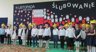 W Sulęczynie uczniowie świętowali odzyskanie niepodległości i złożyli ślubowanie