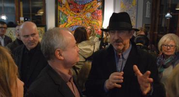 Mistyczne obrazy malarza Wiesława Grzecha podziwiano na wernisażu w Galerii w Zaułku Kana Art