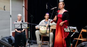 Koncert zespołu Liarman i uczniów szkoły językowej Cool School