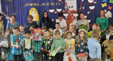 Przedszkolaki wierszem powitały wiosnę - konkurs w przedszkolu Baśniowa Kraina w Chmielnie