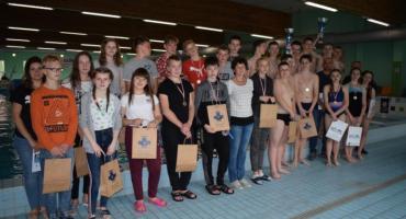 Uczniowie z SP w Brodnicy Górnej najlepsi na Międzyszkolnym Turnieju Piłki Wodnej w Kartuzach