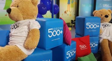 Program 500 plus. Ile pieniędzy powędrowało do rodzin z powiatu kartuskiego?