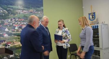 Sierakowice. Najlepsi absolwenci szkół podstawowych i gimnazjum odebrali nagrody