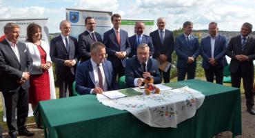Umowa na niemal 45 mln dotację na rekultywację kartuskich jezior podpisana