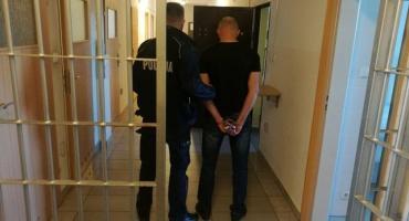 Zlikwidowano dziuplę samochodową w Smętowie Chmieleńskim - troje passerów w rękach policji