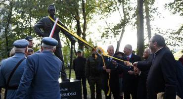 Kartuzy. Pomnik marszałka Piłsudskiego uroczyście odsłonięty