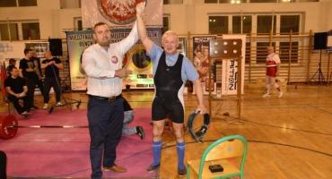 Marian Knuth ze złotem Mistrzostw Polski i nowym rekordem świata
