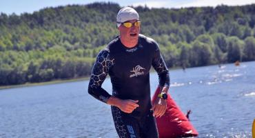 Pływali, biegali i jeździli na rowerach - kolejny triathlon i duatlon na Złotej Górze za nami