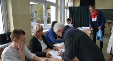 Sprawdź, ile głosów otrzymali poszczególni kandydaci w Kościerskiem