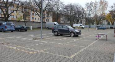 Dlaczego zabierają kupcom parking?