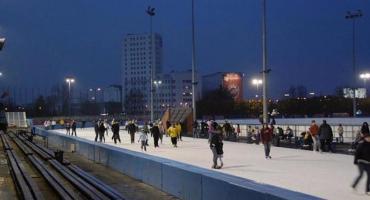 """Gorąca informacja dla zimnolubnych łyżwiarzy: 15 listopada rusza Tor Łyżwiarski """"Stegny"""""""