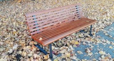 Warszawiacy usiądą na nowych ławkach, ale wcześniej mogą wyrazić swoje opinie i potrzeby