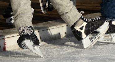 """15 i 22 grudnia 2018 r. (sobota) odbędą się zawody łyżwiarskie """"Złota łyżwa"""" dla dzieci i młodzieży"""
