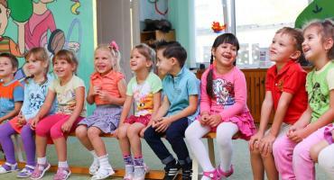 Blisko 75 wolnych miejsc czeka na dzieci w mokotowskich przedszkolach!