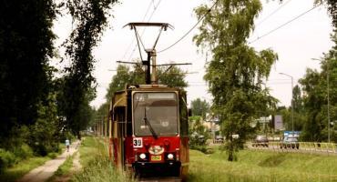 Tramwaj historyczny jeździ na Mokotowie