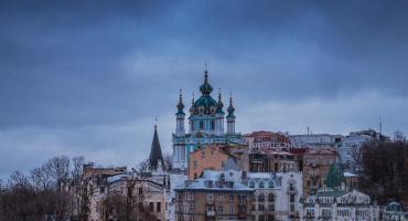 Wyjazd na Ukrainę – jak ubezpieczyć się od ryzyka aktów terroru?