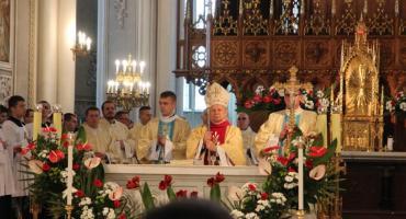 Obchody 100-lecia odzyskania niepodległości w Radomiu. Msza św. w Katedrze [FOTO]