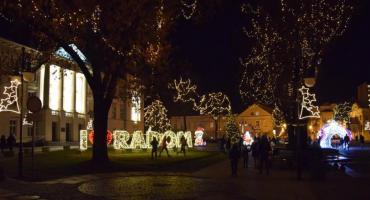 Świąteczna iluminacja uruchomiona! [FOTO]