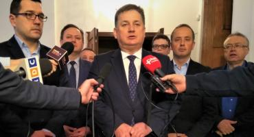 Radni PiS: Nie ma naszej zgody na budowę bloku przy ulicy Narutowicza