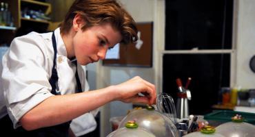 """DKF w Elektrowni zaprasza na dokument """"Chef Flynn – najmłodszy kucharz świata"""""""