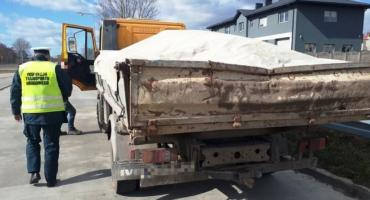 Ciężarówka z usterkami i bez badań technicznych