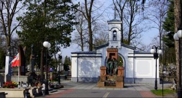 Wielkanocna kwesta na cmentarzy rzymskokatolickim [FOTO]