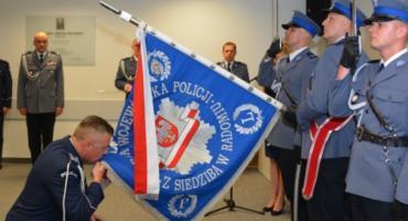 Pożegnania ze sztandarem i jednostką przez Komendanta Wojewódzkiego Policji zs. w Radomiu