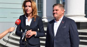 Parlamentarzyści PO: Jesteśmy oburzeni decyzją radnych