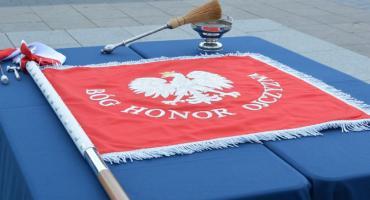 Nadanie i wręczenie Sztandaru Komendzie Powiatowej Policji w Grójcu