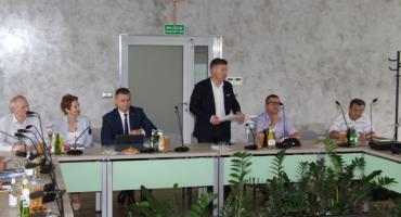 Pekaesy wrócą na drogi powiatu radomskiego? Pierwsze spotkanie samorządowców [FOTO]