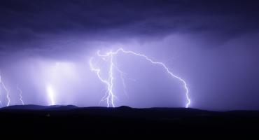 Ostrzeżenia: burze z gradem