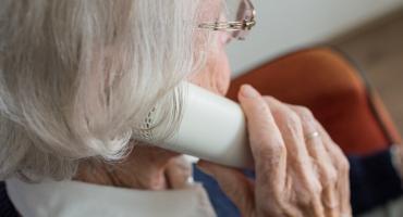 Seniorzy nadal na celowniku oszustów
