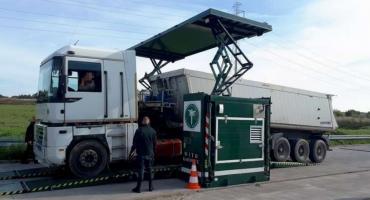 Niesprawne ciężarówki, zatrzymane dowody rejestracyjne