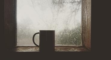 Kawa i herbata dla bezdomnych. Pomóż streetworkerom Caritas Diecezji Radomskiej w zbiórce produktów