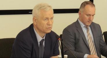 Dyskusja na sesji powiatu o nieruchomościach w Parku Chyliczkowskim
