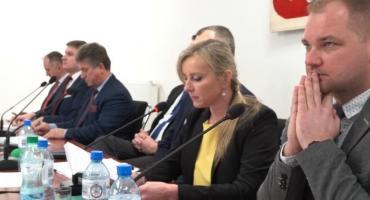 Odwołanie z członka Zarządu Katarzyny Paprockiej na sesji powiatowej