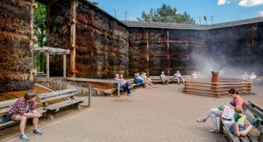 Konstancińska tężnia solankowa inhalatorium na wolnym powietrzu i walor turystyczny regionu
