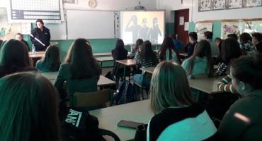 Narkotyki i Dopalacze Zabijają - zajęcia dla uczniów z Prażmowa