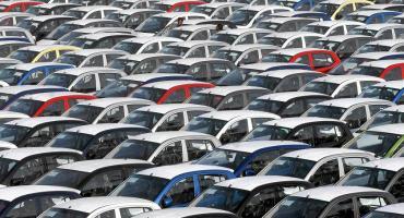 Wrzesień benzyną stoi, czyli nowe rejestracje w CEPiKu