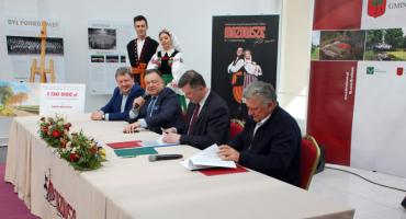 """Gmina Brwinów - Przebudowa drogi do PZLPiT """"Mazowsze"""" w Otrębusach"""